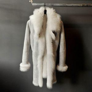 Toscana lammeskinns jakke hvit